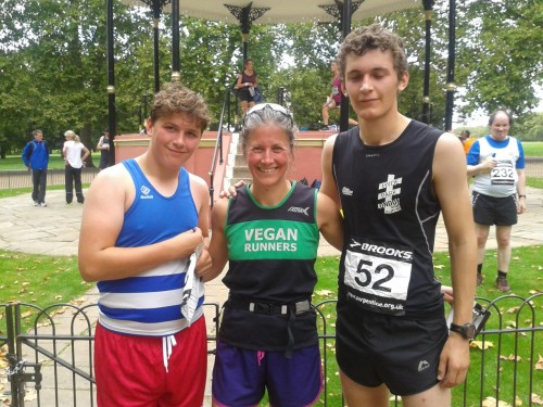 Nathan, Verna and Stephen Burgess at Hyde Park Friday 5k
