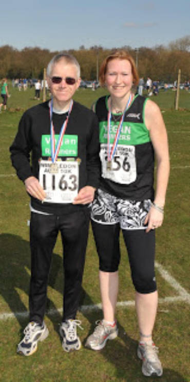 Wimbledon 10k – Anna introduces new generation to joys of road racing