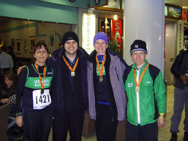 MKHalf2BFin2B6342BVRUK2Bteam-1.jpg