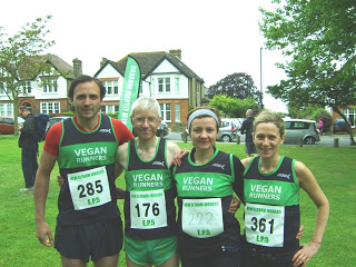 VRUK team-up at Eltham Park 5 miles, 9 June