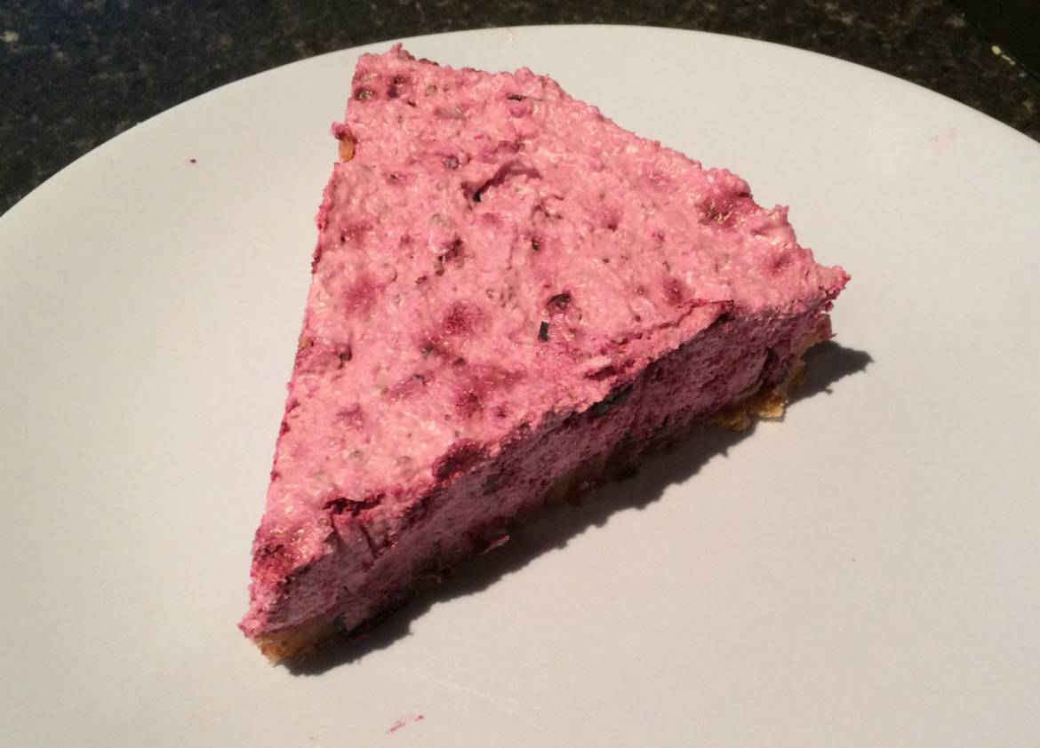 Raw-Black-Currant-Cheesecake.jpg